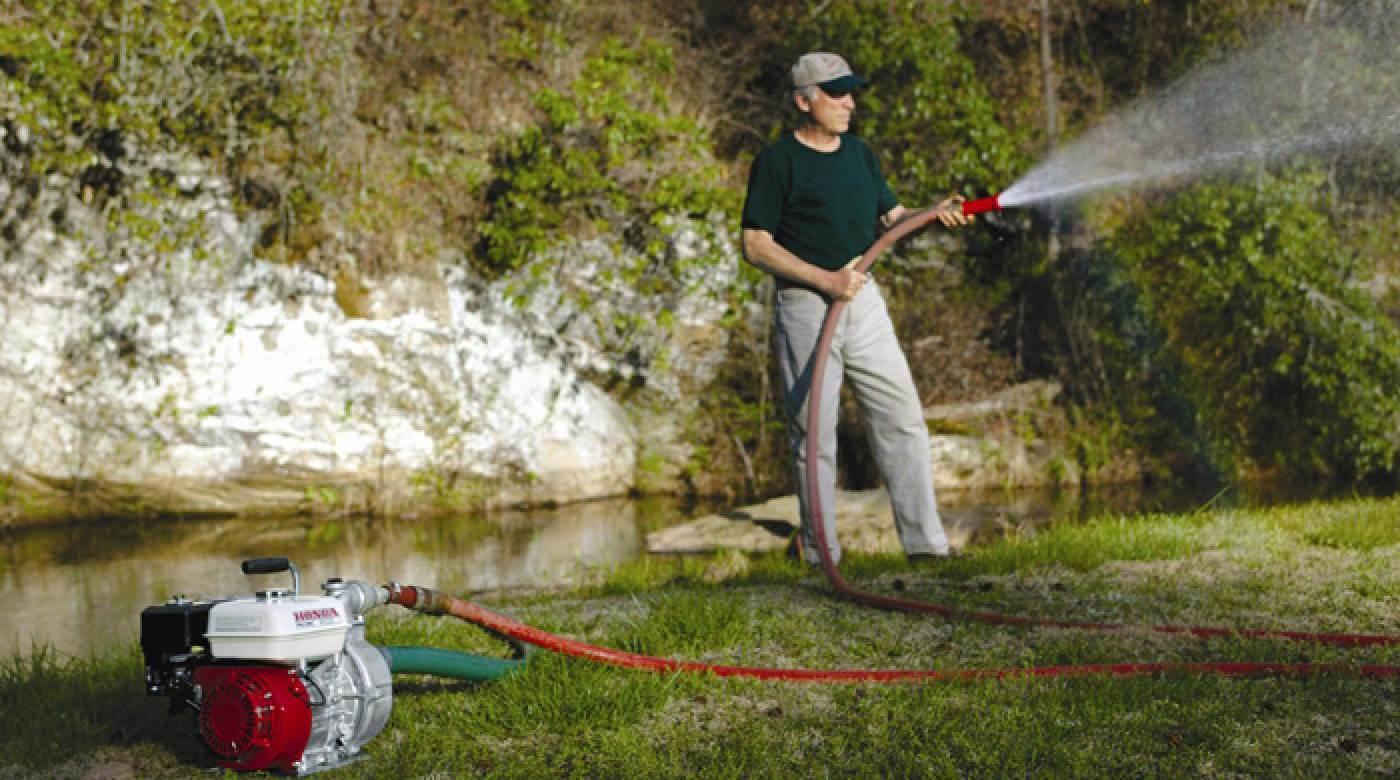 Как сделать водяной насос для полива огорода своими руками